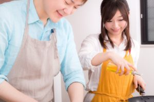 夫婦で料理