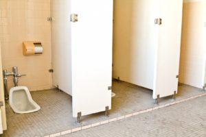 学校トイレ